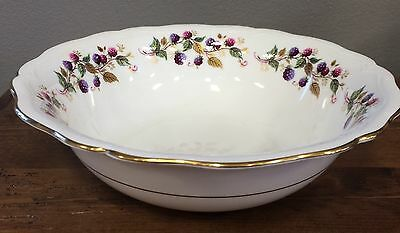 Aynsley Bramble Time Serving Bowl Berries Scalloped Porcelain England RARE!