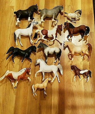 Rare early Breyer molding co. Horse lot 13 total many different poses