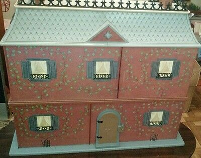 Madeline Eden Doll House, Lots of Furniture, Clothes, Accesories and 2 Dolls