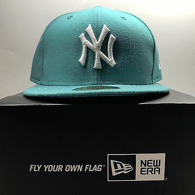 New Era 59Fifty New York Yankees SIZE 7 Fitted Baseball Cap 2  Free Post