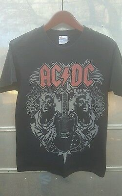 """AC DC """"BLACK ICE Mirror"""" Concert Tour (M) T-Shirt ANGUS YOUNG"""