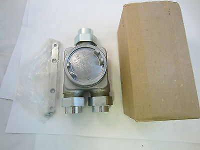 """Crouse Hinds Guag8885 Explosion Proof Box With 1"""" Unons New"""