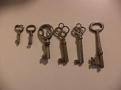 Skeleton/Barrel Collectible Keys (qty of 6)