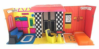 Barbie Family House Vtg 1968 Mod Fold Up Case RARE w Furniture