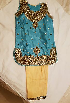 Child's Salwar Kameez Set.. **brand New**