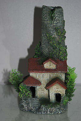 Stunning Aquarium Chimney House 12 x 12 x 25 cms Suitable For All Tanks & Orbs