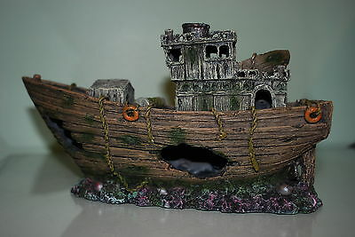 Stunning Aquarium Detailed Woody Sea Trawler Boat 29 x 11 x 17.5 cms