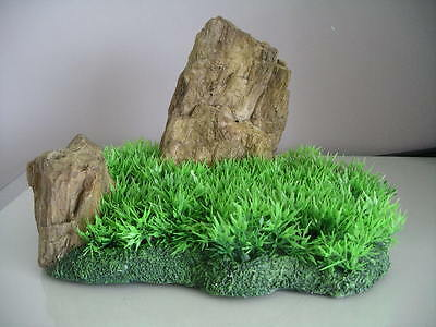 Aquarium Realistic  Large Rock Formation  with Grass Theme 27 x 18 x 16 cms