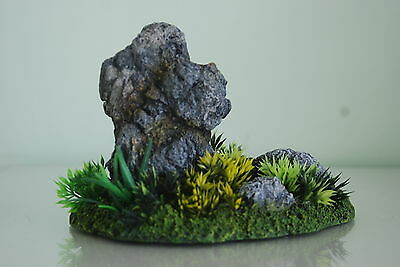 Aquarium Detailed Realistic Rock Garden Ornament & Plants 19 x 11 x 13 cms