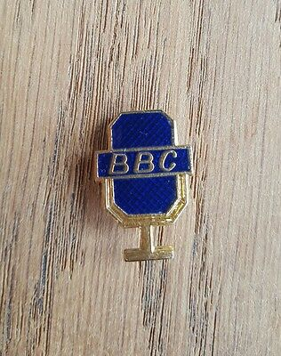 Vintage BBC presenters microphone enamel pin badge in excellent condition