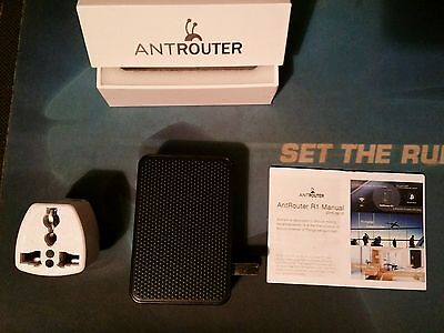 Bitcoin Antrouter R1 by Bitmain 5 GH/s + Multi type - UK travel plug