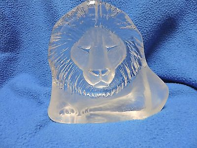 Lion Crystal  Mat Jonasson paper weight signed