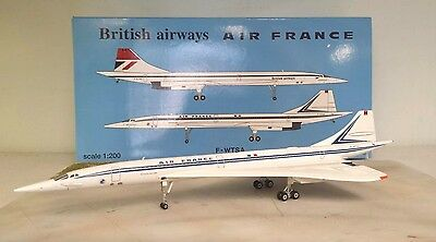 BAe Concorde British Airways/Air France a metal model in 1/200 scale from Hogan
