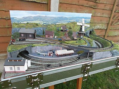 Briefcase Layout By Mountain Lake Model Railways With Train (Dec Offer)