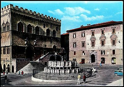 Postcard - Perugia - Municipality And Major Fountain  Italy  - Unposted