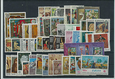Europa 1975 Year Sets Pristne  Mnh 50 Vals