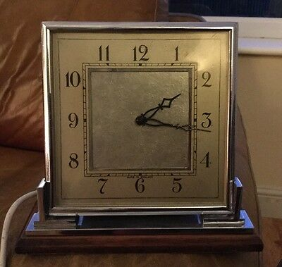 VINTAGE SMITHS Electric ART DECO MANTLE CLOCK (1089)