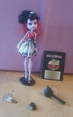 �� MH 40  �� Monster High operetta frights camera action