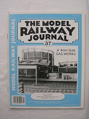 Model Railway Journal No.37