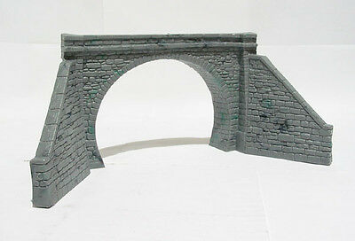 Double Track Tunnel Portal  - Model Train OO/HO Peco (UK) #5046 - Ready To Place