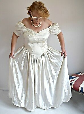 Vintage Deidra Rhodes Romantic Boho Cream Wedding Dress - Size 14