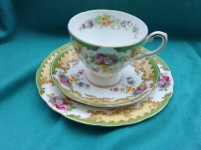 Pretty Vintage Royal Tuscan English China Trio Tea Cup Saucer Plate Floral