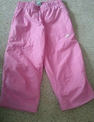 New  NIKE GIRLS cropped trackpants 3/4s XLG Size 13-15yrs pink