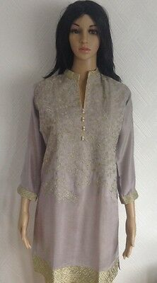 2 piece ready made kurta with buttoned style trousers - Small