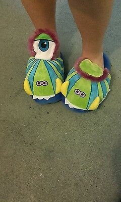 Childrens slippers  Magic Movers