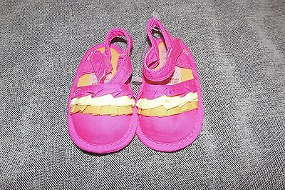 Brand New Baby Girls Pram Shoes (Age 3-6 months)