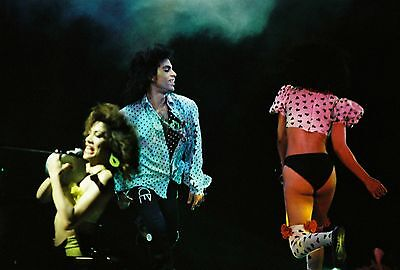 PRINCE in concert LOVESEXY TOUR 1988! 60 Rare PHOTOS! Wembley Arena. not cd.
