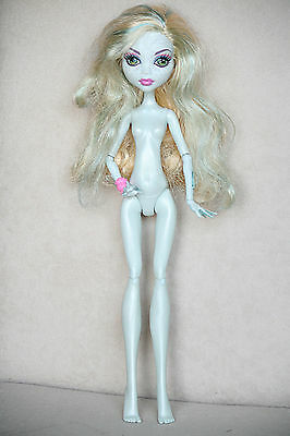 Monster High Puppe Lagoona Blue Skull Shores nackt nude doll