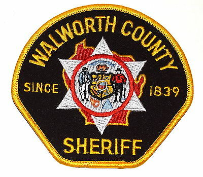 WALWORTH COUNTY WISCONSIN WI Police Sheriff Patch STATE SEAL VINTAGE OLD MESH