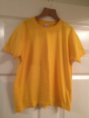 Fruit of the loom yellow t-shirt age 7-8