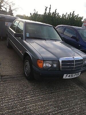 1988 mercedes Benz 190e 2.6! Automatic low miles lovely condition