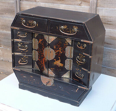 Antique Chinese 19th century Wooden lacquered jewellery cabinet