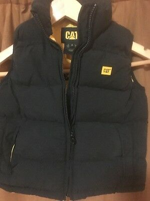 CAT Authentic Boys Gilet. Age 4. Perfect for Christmas
