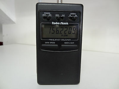 Radio Shack RF Frequency Counter 22-305 w/Manual - Excellent Condition