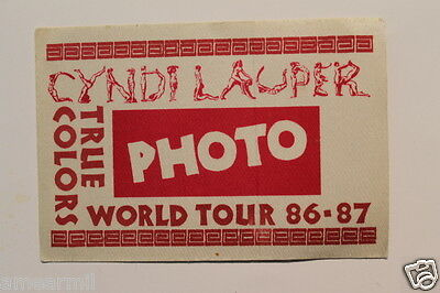 Cyndi Lauper True colors world tour 86-87 photo backstage pass