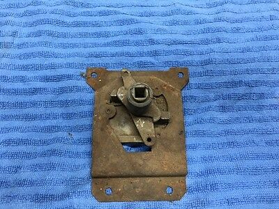 1955,56,57 Chevy Chevrolet Station wagon tail gate release mechanism