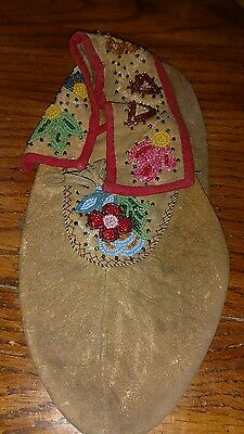 Vintage Antique Native American Indian Beaded Moccasin Ca 1800-1934