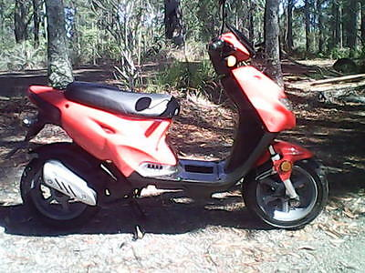 Vmoto Monza 50Cc Scooter With Rwc.
