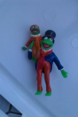 Kermit the Frog Robin Figure Cratchit Tiny Tim A Christmas Carol Dickens Muppets
