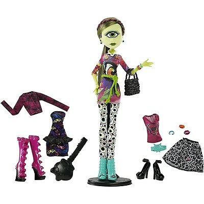 Monster High I Heart Fashion Iris Clops Doll
