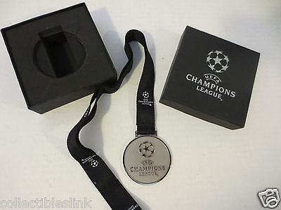 Champions League Medal Original Replica made by UEFA - Silver Metal Blue Robbon
