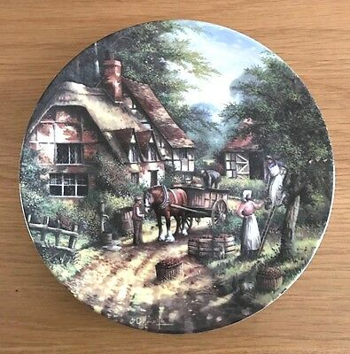 WEDGWOOD Decorative Plate APPLE PICKERS Country Days Range by Chris Howells