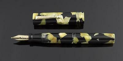LeBoeuf, #4 Thumb Filler #4 Fountain Pen, Pearl & Black w/Goldfill Trim