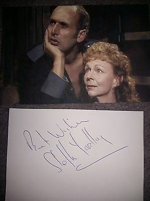 STEPHEN YARDLEY - Doctor Dr Who Autograph Signed