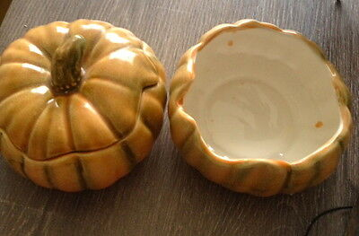 Vintage Australian Pottery - Pumpkin With Lid And Pumpkin Without Its Lid
