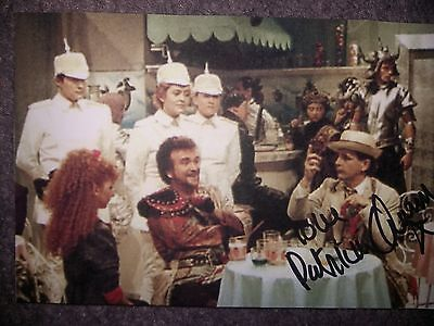 PATRICIA QUINN - Doctor Dr Who Autograph Signed